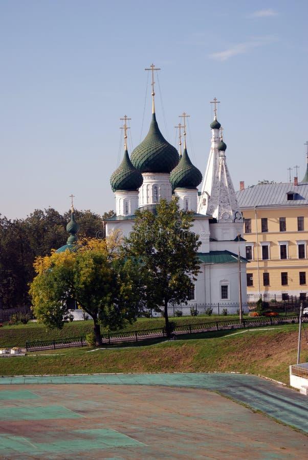Alte orthodoxe Kirche im historischen Stadtzentrum von Yaroslavl, Russland lizenzfreie stockfotografie