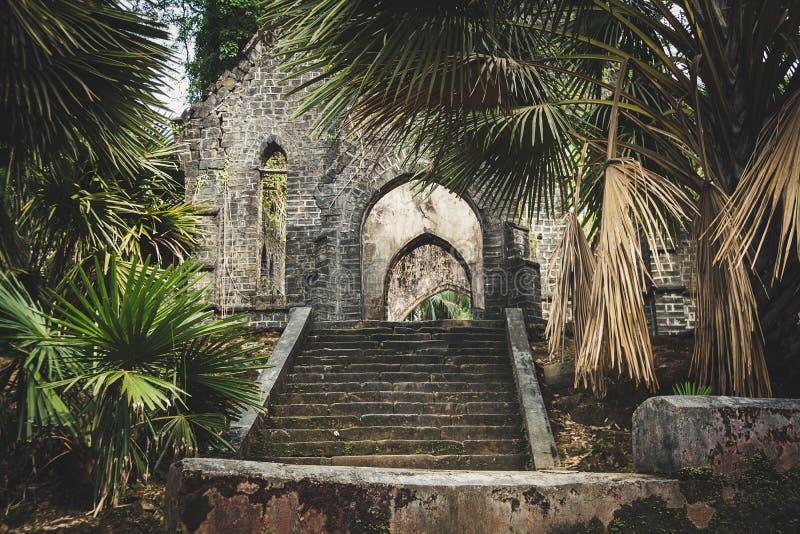 Alte presbyterianische Kirche ruiniert Ross Island, Port Blair stockfotos