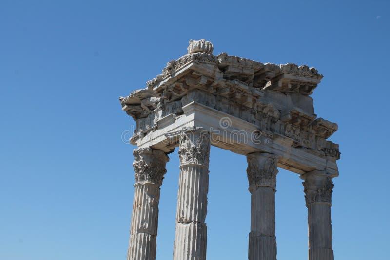 Alte römische Ruine lizenzfreie stockfotografie