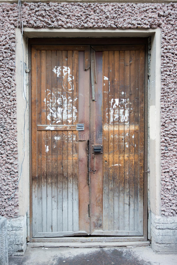 Alte, Retro-, schmutzige Tür stockbilder