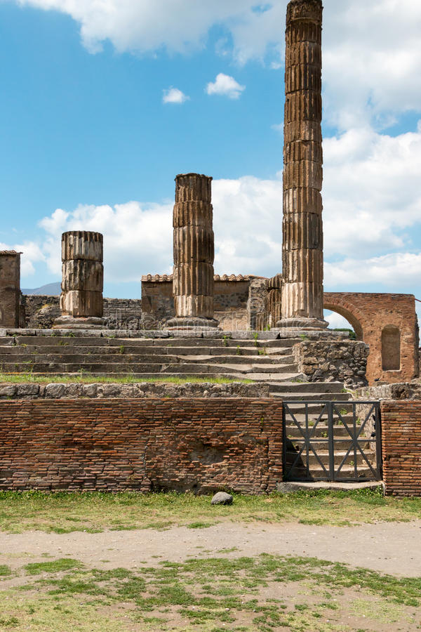 Download Alte Roman Pompei-Ruinen foto de archivo. Imagen de arqueológico - 64203002