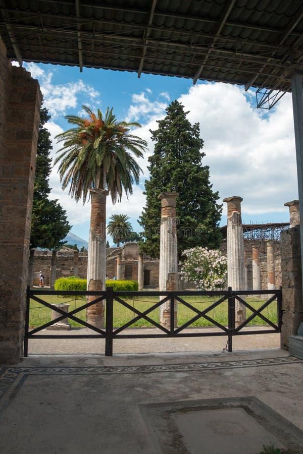 Download Alte Roman Pompei-Ruinen foto de archivo. Imagen de edificio - 64204092