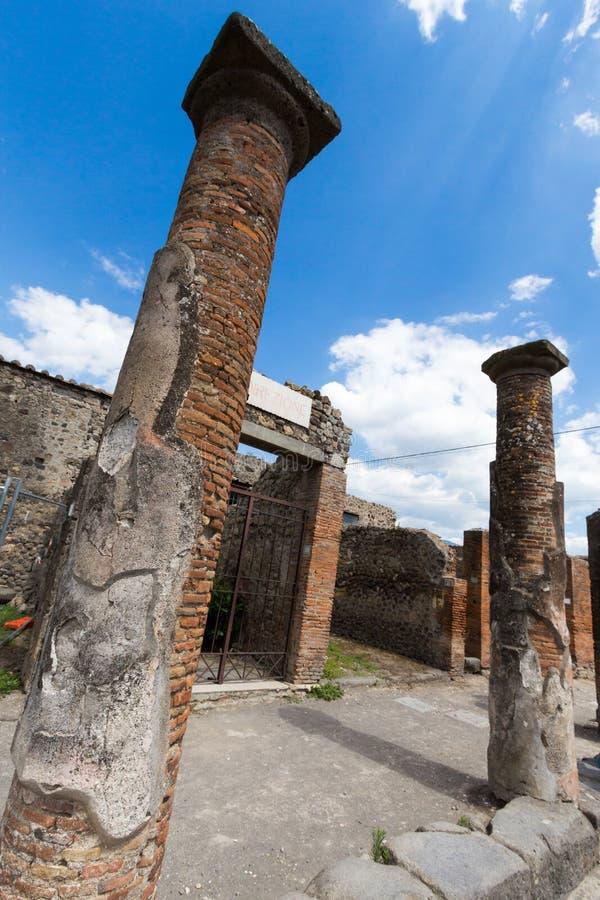 Download Alte Roman Pompei-Ruinen imagen de archivo. Imagen de señal - 64204605