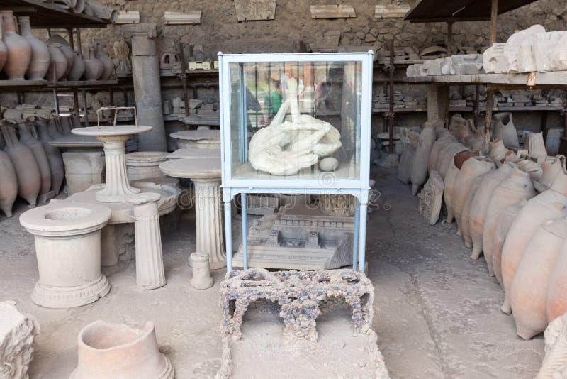 Download Alte Roman Pompei-Ruinen imagen de archivo. Imagen de viejo - 64205221