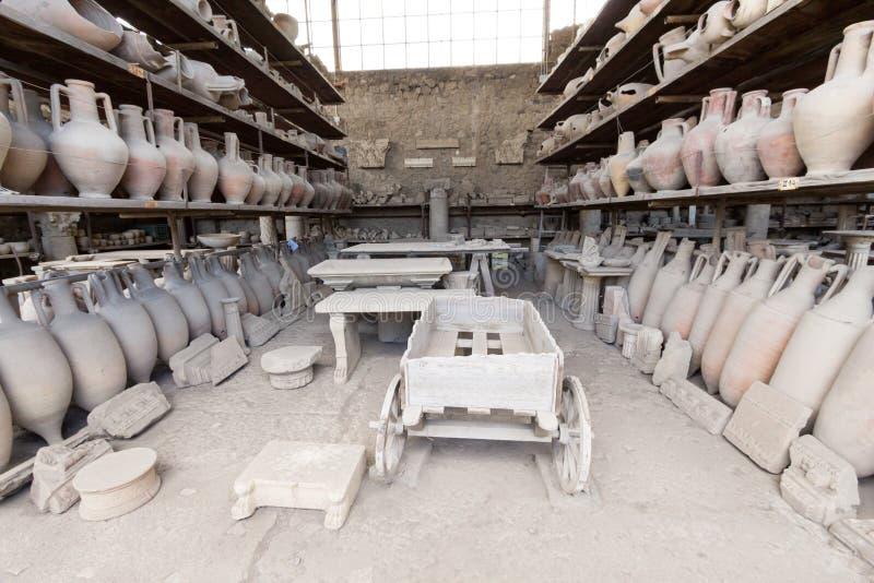 Download Alte Roman Pompei-Ruinen imagen de archivo. Imagen de italiano - 64205373