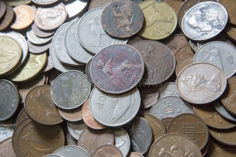 Alte sammelbare Münzen stockbild