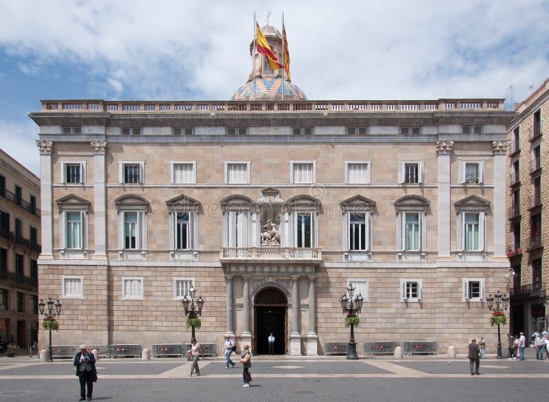 Alte schöne Gebäude in Barcelona stockbild