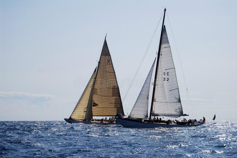 Alte Segelnboote in den Imperia lizenzfreies stockfoto
