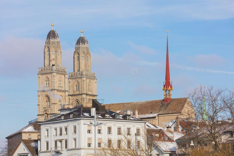 Alte Stadt der Stadt von Zürich im Winter lizenzfreies stockfoto