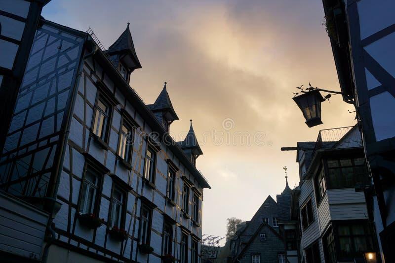 Alte Stadt Monschau lizenzfreies stockbild