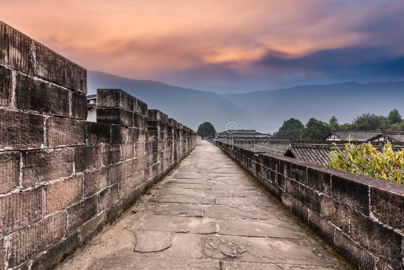 Alte Stadt in Sichuan-Porzellan lizenzfreie stockbilder