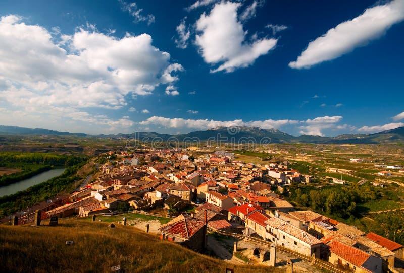 Alte Stadt in Spanien lizenzfreie stockfotografie