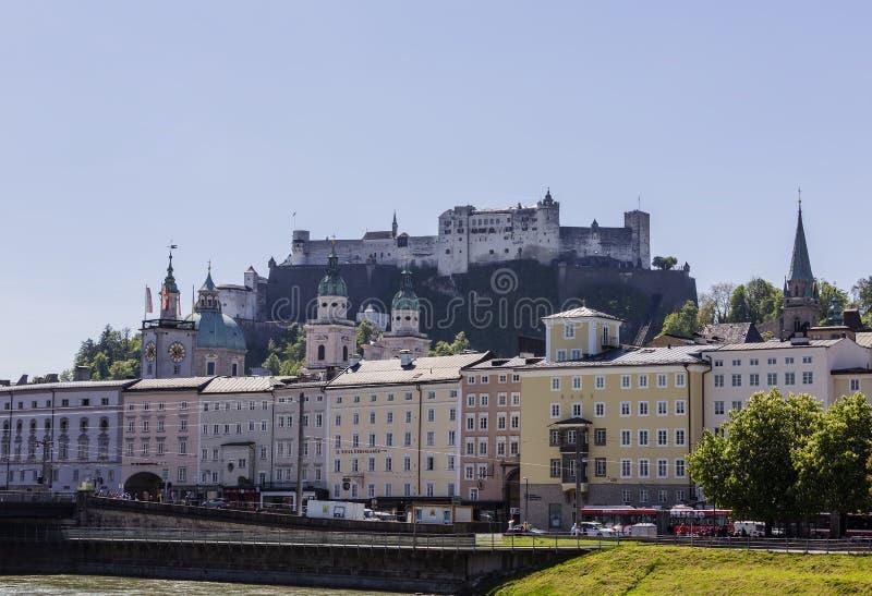 Alte Stadt von Salzburg stockfotografie