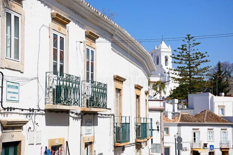 Alte Stadtgebäude, Tavira stockfoto