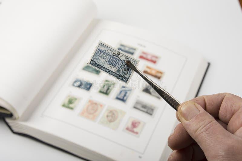Alte Stempelsammlung lizenzfreies stockbild