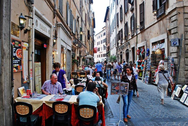 Alte Straße der alten Rom-Stadt stockfotos