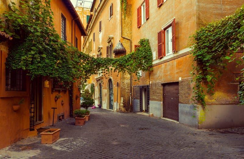 Alte Straße in Trastevere in Rom lizenzfreies stockfoto