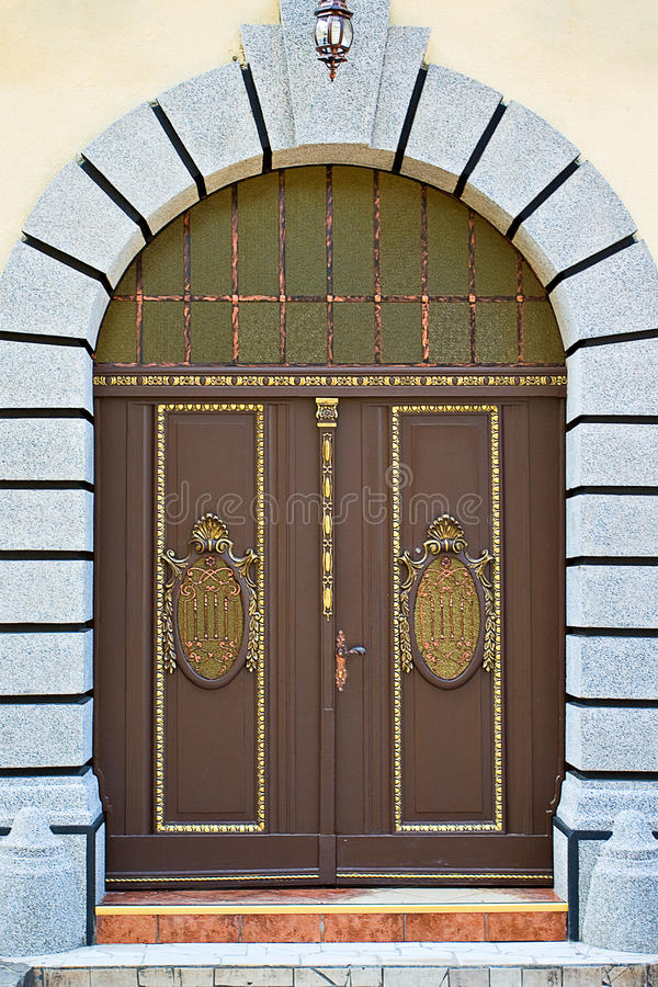 alte Türen lizenzfreie stockfotos
