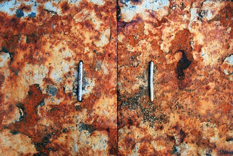 Alte Türen Metallrost-Beschaffenheits-Auszug Grunge Hintergrund stockfotografie