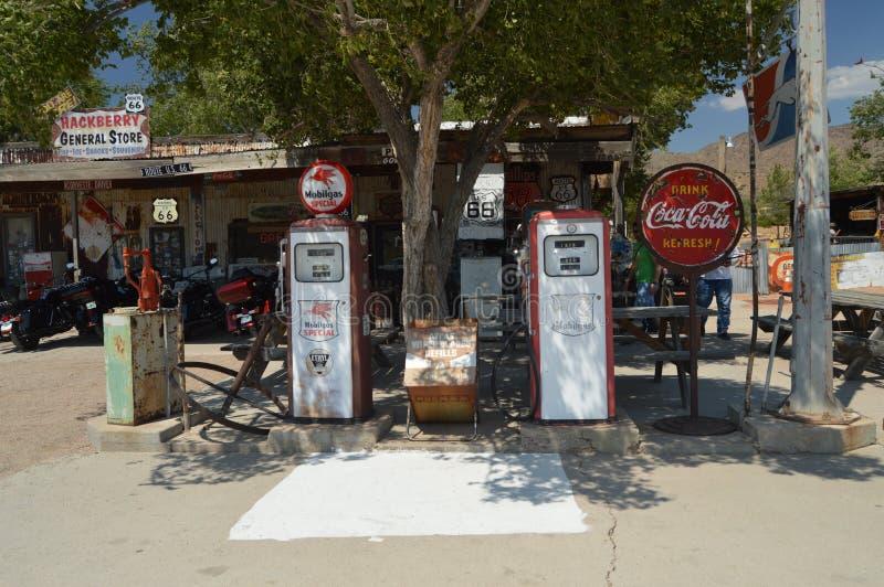 Alte Tankstelle am HackBerry lizenzfreie stockfotografie