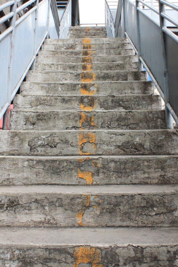 Alte Treppen lizenzfreies stockbild