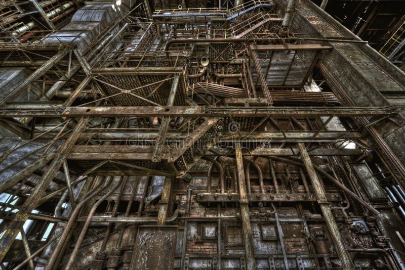 Download Alte Triebwerkanlage stockbild. Bild von verlassen, fabrik - 26366697