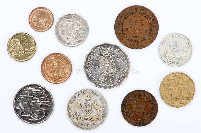 Alte und neue australische Münzen stockfotografie