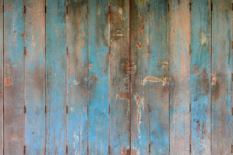 Alte und schmutzige blaue Holztür Holztürhintergrundbeschaffenheit Wand- und Türdekoration lizenzfreies stockbild