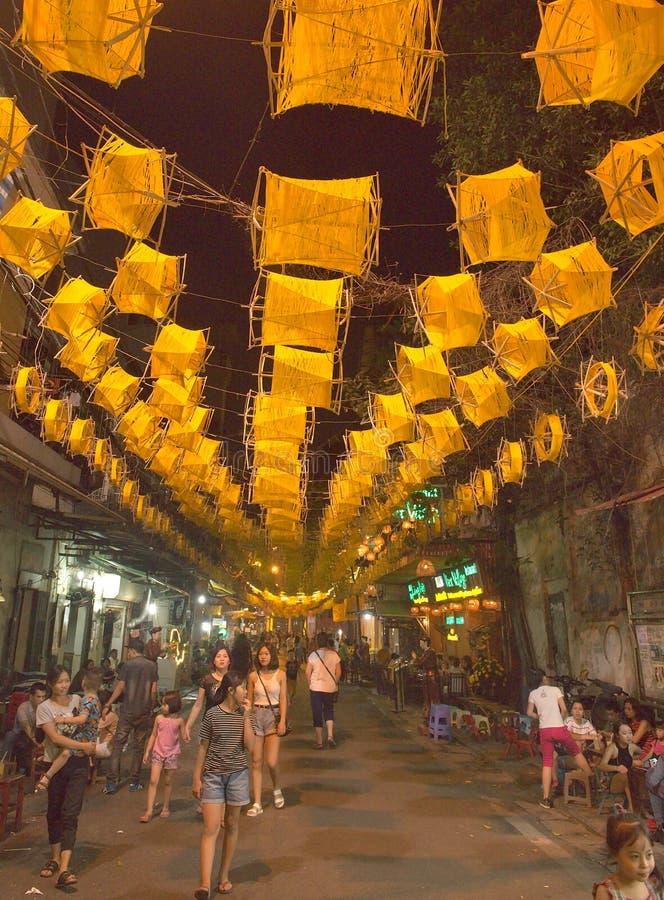 Alte Viertelstraßenstange Hanoi Vietnam stockbild