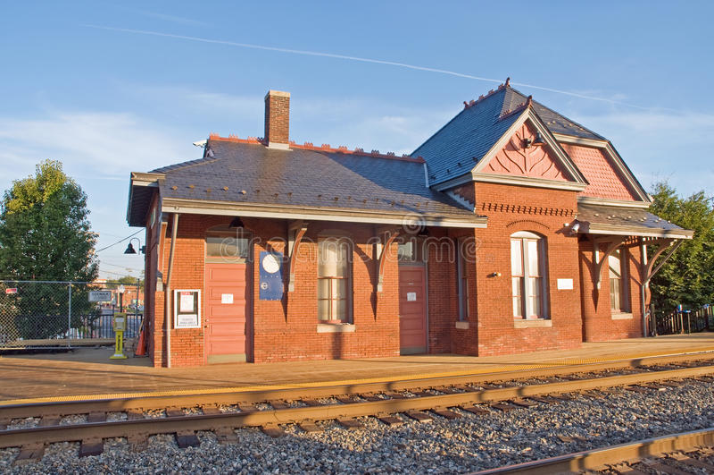 Alte viktorianische Bahnstation lizenzfreies stockbild