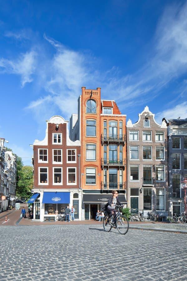 Alte Villen und Kopfsteine, Amsterdam, die Niederlande lizenzfreies stockbild