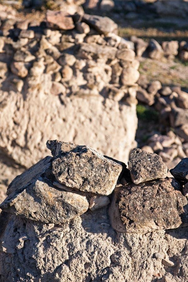 Alte Wände an der archäologischen Aushöhlung, Kueltepe, Kanish, die Türkei stockfoto