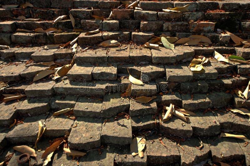 Alte Wand des roten Backsteins von Lan Na Kingdom stockfoto
