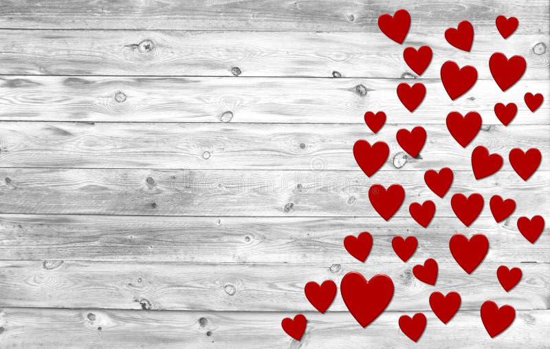 Alte weiße hölzerne Planken mit roten Herzen stockbild