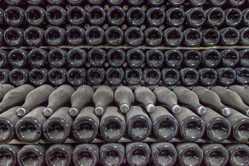 Alte Wein-Flaschen lizenzfreie stockfotografie