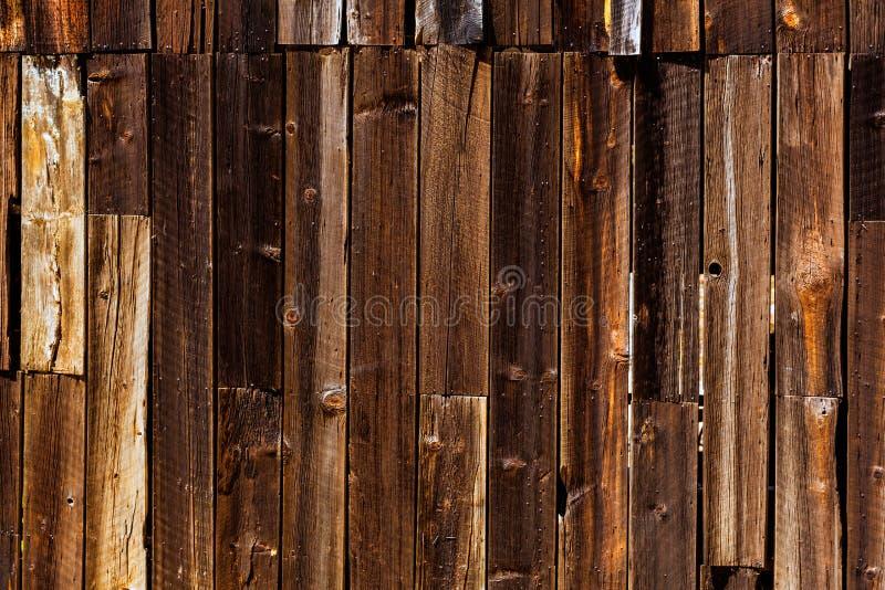 Alte weite hölzerne Westbeschaffenheiten Kaliforniens stockfotografie