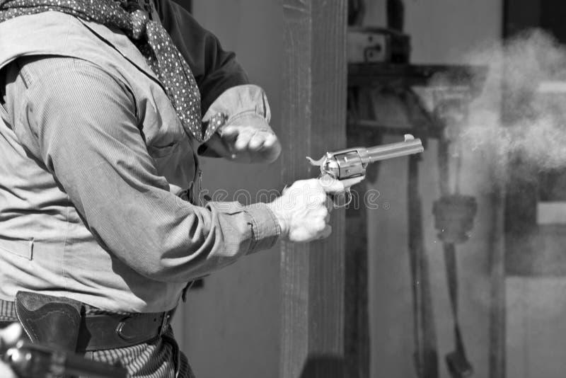 Alte westliche Schießerei stockfotos