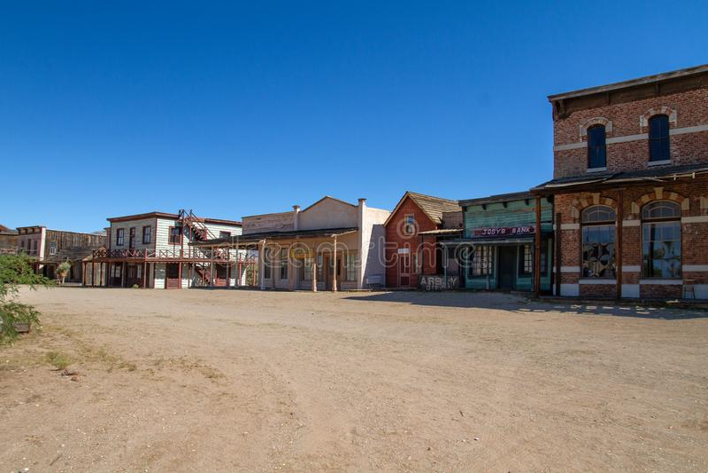 Alte wilde Weststadtfilmbühne im Mescal, Arizona stockbilder