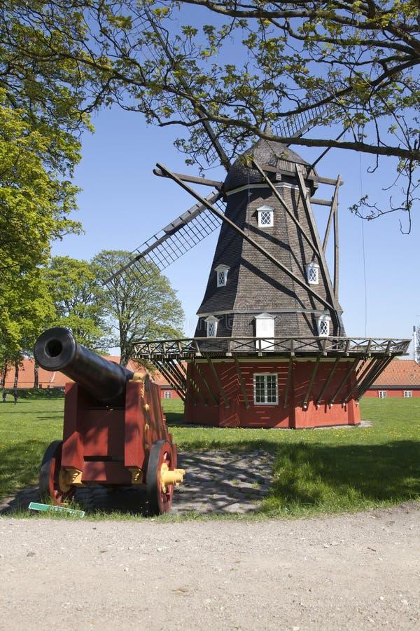 Alte Windmühle in Kopenhagen lizenzfreie stockfotos