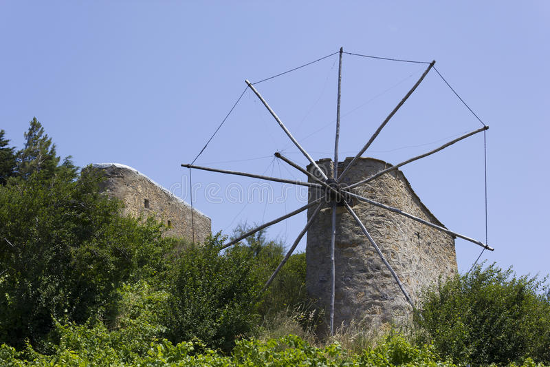Alte Windmühlen auf Kreta stockfoto