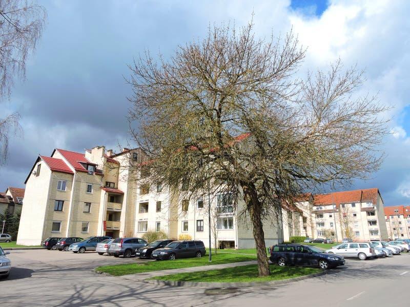 Alte Wohnheime, Litauen stockbild