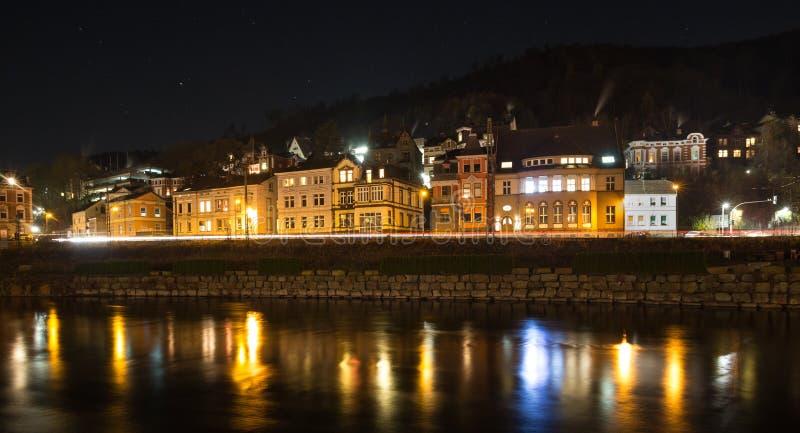 Altena Alemania en la noche fotos de archivo