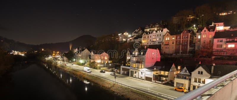 Altena Alemania en la noche imágenes de archivo libres de regalías