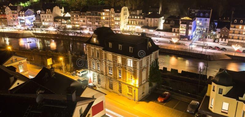 Altena Alemania en la noche imagen de archivo