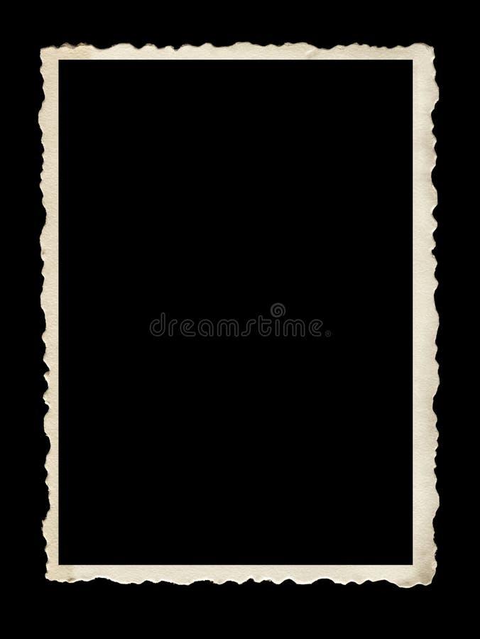 Alter ausgebogter Foto-Rahmen lokalisiert auf Schwarzem stockbilder