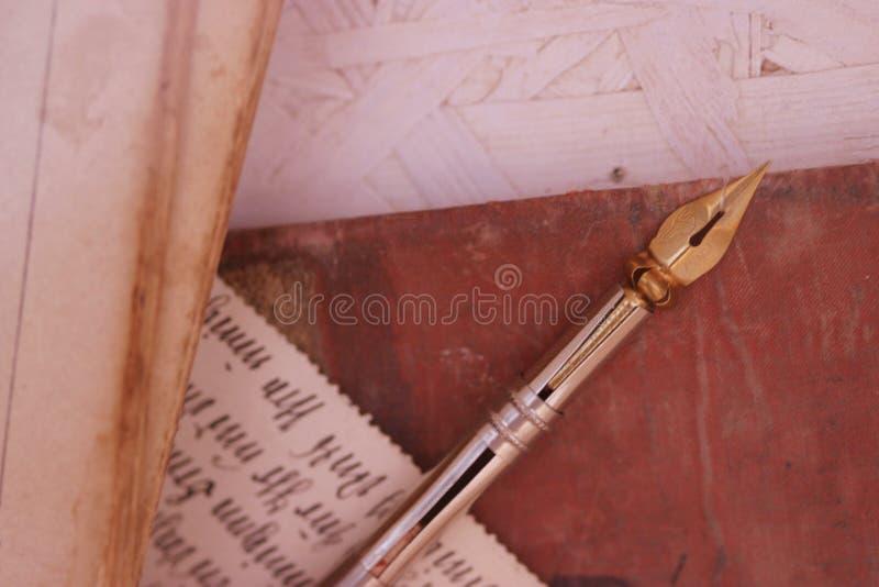 Alter Bleistift u. Handschrift stockbilder