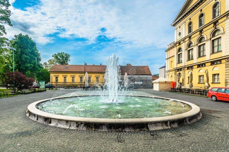 Alter Brunnen in Varazdin-Stadt, Kroatien stockfoto