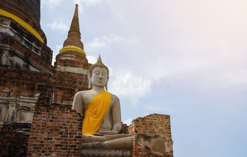 Alter Buddha mit einer langen Geschichte stockfotos