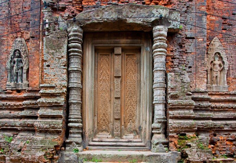 Alter buddhistischer Khmertempel stockfoto