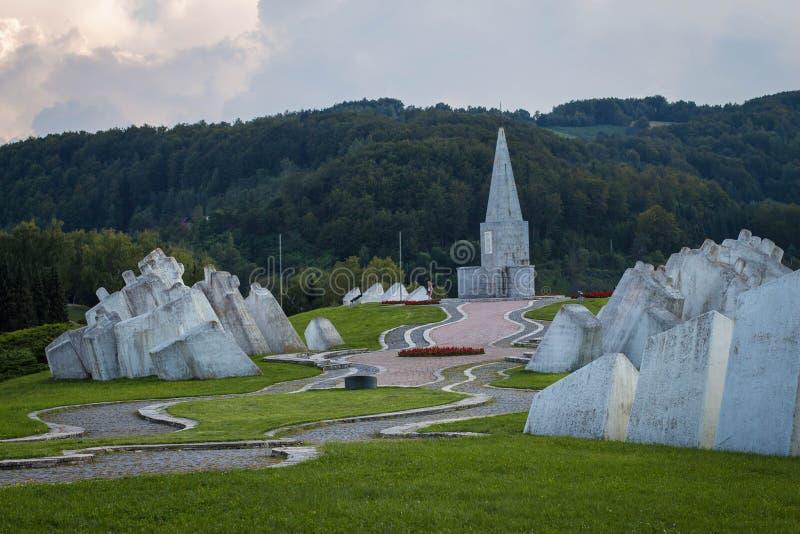 Alter Erinnerungs- Komplex Kadinjaca nahe Stadt Uzice in West-Serbien stockfotos